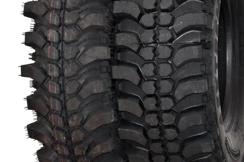 Silverstone MT-117 Xtreme vs Pneus Ovada Extreme T3